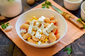 Салат с фасолью и брынзой - фото шаг 6