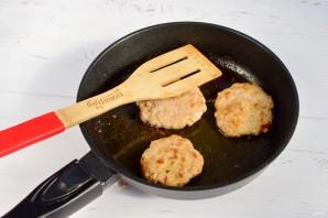 Бутерброды с базиликом - фото шаг 3