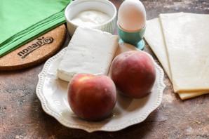 Слойки с творогом и персиками - фото шаг 1