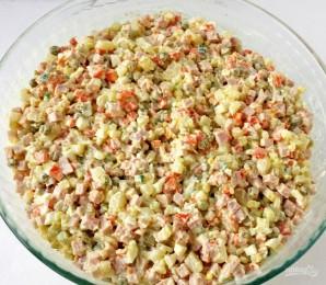 Салат из соленых огурцов - фото шаг 5