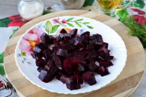 Салат из свеклы и квашеной капусты - фото шаг 3