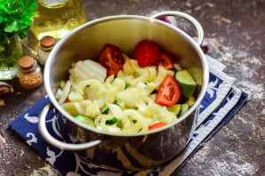 Лечо с помидорами и огурцами - фото шаг 5