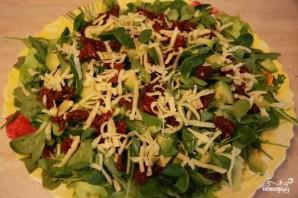 Салат с вялеными помидорами и авокадо - фото шаг 3