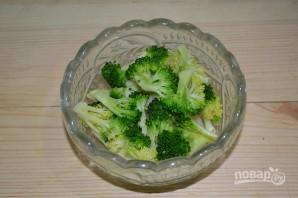 Салат с капустой и грушей - фото шаг 6