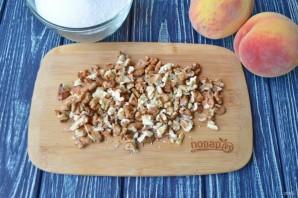Варенье из персиков с грецкими орехами - фото шаг 2