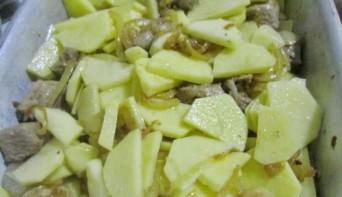 Телятина с картошкой в духовке - фото шаг 5