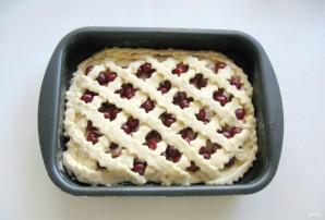 Сдобный пирог с вишней - фото шаг 9