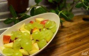 Фруктовый салат с орехами - фото шаг 9