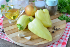Перец маринованный с луком