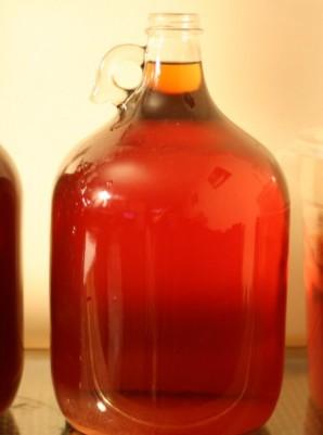 Домашнее вино из малины - фото шаг 4