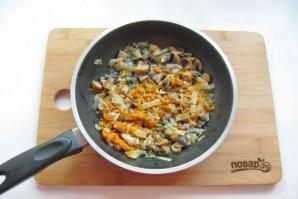 Куриный рулет с гречкой и грибами - фото шаг 3