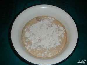 Дрожжевое тесто с сухими дрожжами - фото шаг 1