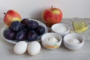 Пирог со сливами и яблоками - фото шаг 1