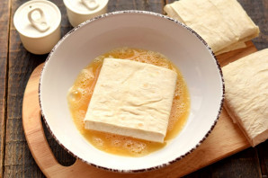 Конвертики из лаваша с мясом и сыром - фото шаг 8