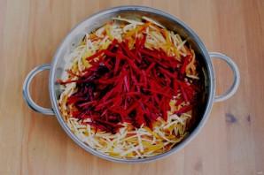 Салат со свеклой и редькой - фото шаг 6