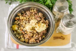 Салат с мясом и грецкими орехами - фото шаг 4