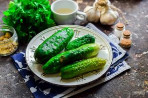 Салат из огурцов с горчицей и маслом на зиму - фото шаг 1