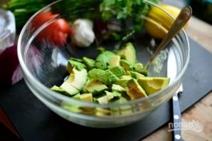 Гуакамоле с сыром - фото шаг 1