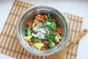Салат из зеленых помидоров по-грузински - фото шаг 6