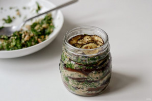 Баклажаны с грецкими орехами на зиму - фото шаг 5
