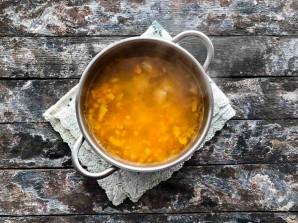 Сырный суп с зеленым горошком - фото шаг 4