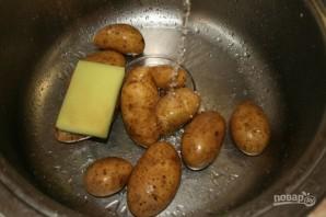 Картошка в фольге на углях - фото шаг 1