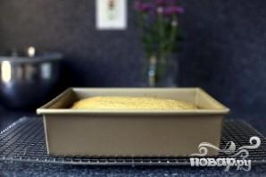 Пирог с яблочным соусом и сливочной глазурью - фото шаг 2