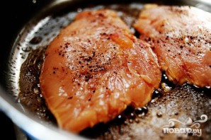 Паста с куриным филе и красным луком - фото шаг 4