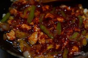 Закусочные трубочки с курицей и овощами - фото шаг 5