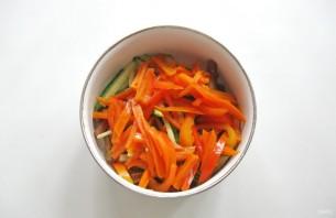 Салат из баклажанов и огурцов - фото шаг 6