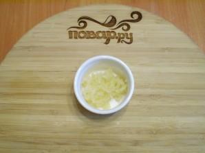 Жареные баклажаны с чесноком и зеленью - фото шаг 4
