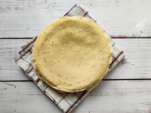 Блинный торт с творожным кремом и бананом - фото шаг 2