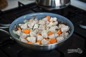 Свинина в горшочке в духовке - фото шаг 5