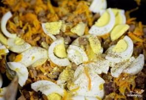 Салат с жареной печенью - фото шаг 11