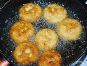 Пышки картофельные с сыром - фото шаг 4