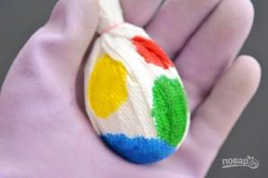 Радужные яйца на Пасху - фото шаг 4