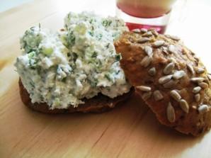 Бутерброды с творожным сыром - фото шаг 5