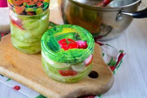 Салат из огурцов с перцем и луком на зиму - фото шаг 9