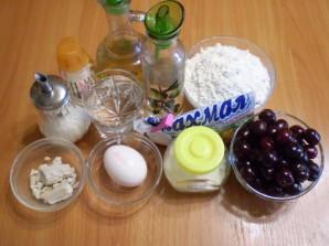 Пирожки с вишней жареные - фото шаг 1