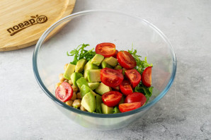Салат с рукколой и нутом - фото шаг 4