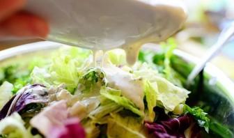 Салат с жареной курицей - фото шаг 5