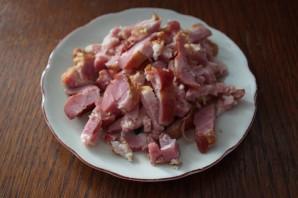 Картофель в духовке с белыми грибами и беконом - фото шаг 4