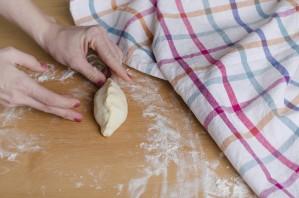 Воздушные пирожки в духовке - фото шаг 9