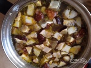 Суп из замороженных белых грибов - фото шаг 9