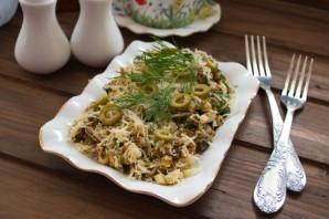 Салат с сайрой и сыром - фото шаг 5