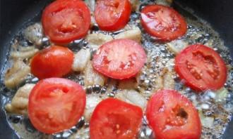 Яичница с салом и помидорами - фото шаг 2