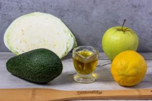 Салат из авокадо и капусты - фото шаг 1