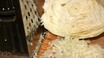 Ленивые голубцы под сметанным соусом - фото шаг 2