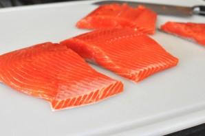 Филе лосося на сковороде - фото шаг 1