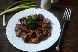 Тушеная печень с луком и морковью в сметане - фото шаг 5